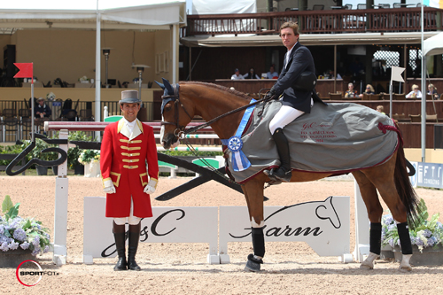 Darragh Kenny in his winning presentation with ringmaster Gustavo Murcia