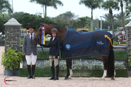 Deborah Perkins and La Fayette in their championship presentation with ringmaster Gustavo Murcia