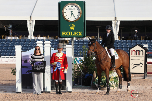 Tiffany Foster in her winning presentation with ringmaster Gustavo Murcia and Whitney Stahl of Equestrian Sport Productions