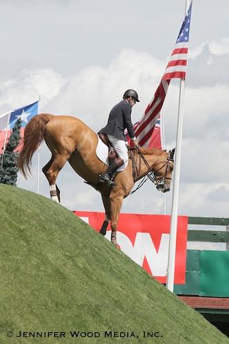 Jonathan Asselin and Showgirl on the derby bank. Photo © Jennifer Wood Media, Inc.