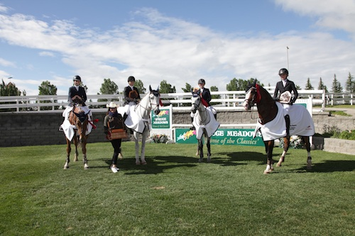"""The Seahawks"" team won the 1.00m Prix des Nations."