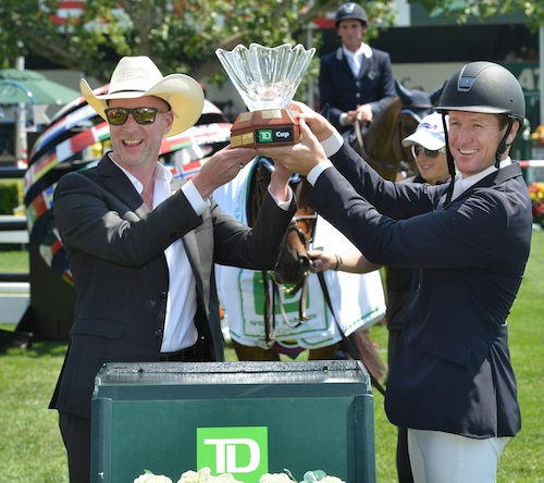 McLain Ward in his winning presentation with Derrick Cresswell-Clough, District Vice President Alberta Central, TD Canada Trust