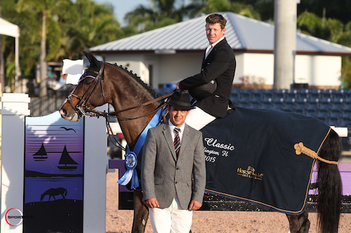 Shane Sweetnam and Cyklon 1083 in their winning presentation