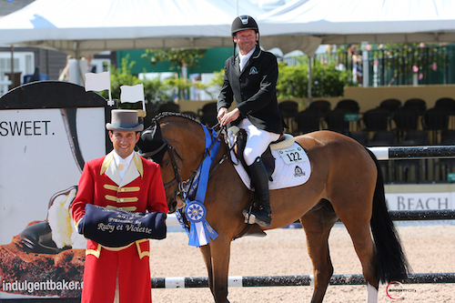 Eric Lamaze and Fine Lady 5 in their winning presentation with ringmaster Gustavo Murcia