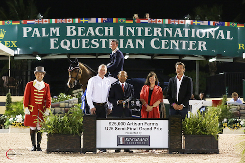Laurenz Buhl and River Dance Semilly in their winning presentation with ringmaster Gustavo Murcia, Guido Klatte, Tim Dutta of the Dutta Corp., Carlene Ziegler of Artisan Farms, and Gianluca Caron of Kingsland Equestrian