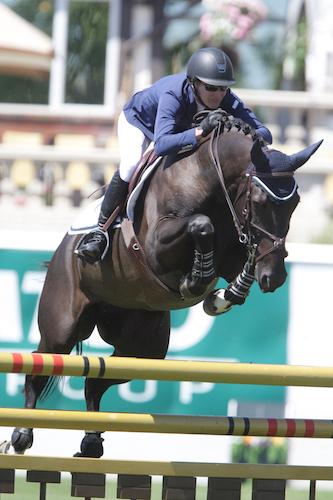 Molly Ashe of USA                           riding Balous Day Date