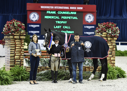 """Becky Gochman and Last Call in their presentation for Grand Champion Amateur-Owner Hunter 3'6"""" with WIHS Executive Director Bridget Love Meehan and groom Georgie Jacinto"""