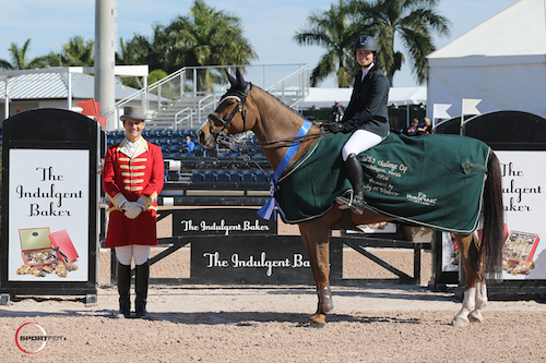Reed Kessler and Cylana in their winning presentation with ringmaster Christian Craig.