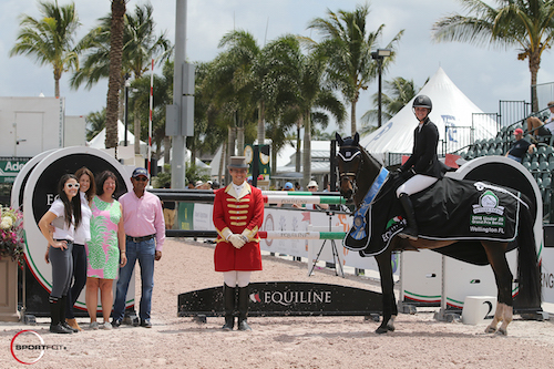 Kaely Tomeu and Gentille in their winning presentation with Jessica Leto and Kelly Molinari of Equiline; Carlene Ziegler of Artisan Farms; Tim Dutta of the Dutta Corp.; and ringmaster Christian Craig.