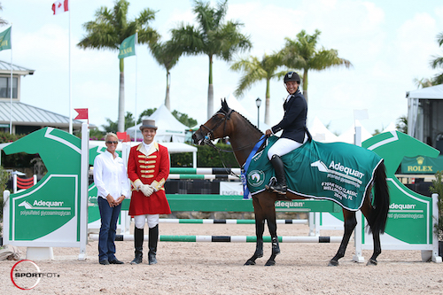 Adolpho Franco and Mia in their winning presentation with Kathy Serio for Adequan® and ringmaster Christian Craig.