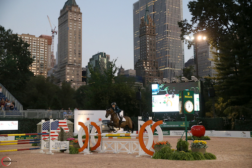 Alexandra Crown and Basic were the fastest to win the  $5,000 Junior/Amateur 1.20m Jumper class.